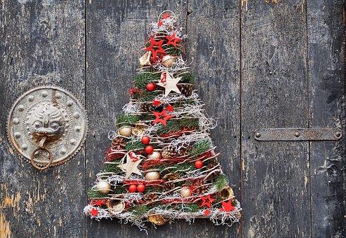クリスマス商品(非食品)の売場作りはディスプレイを重視する