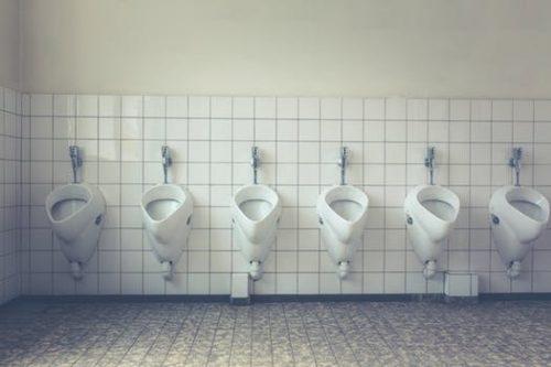トイレ掃除がなぜ店長の仕事なのか